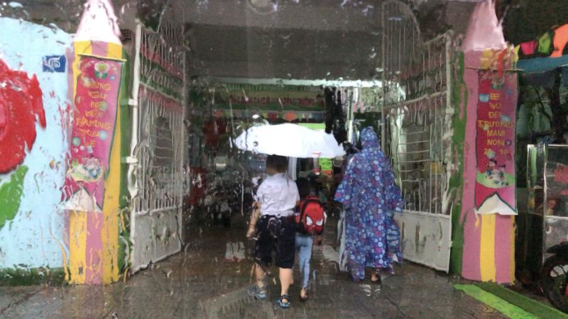 Đà Nẵng: Học sinh nghỉ học, đề nghị quân đội sẵn sàng chống lũ - ảnh 1