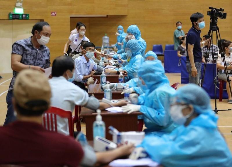 Đà Nẵng hỗ trợ nhân viên y tế mỗi ngày 450.000 đồng, chưa kể tiền ăn - ảnh 2