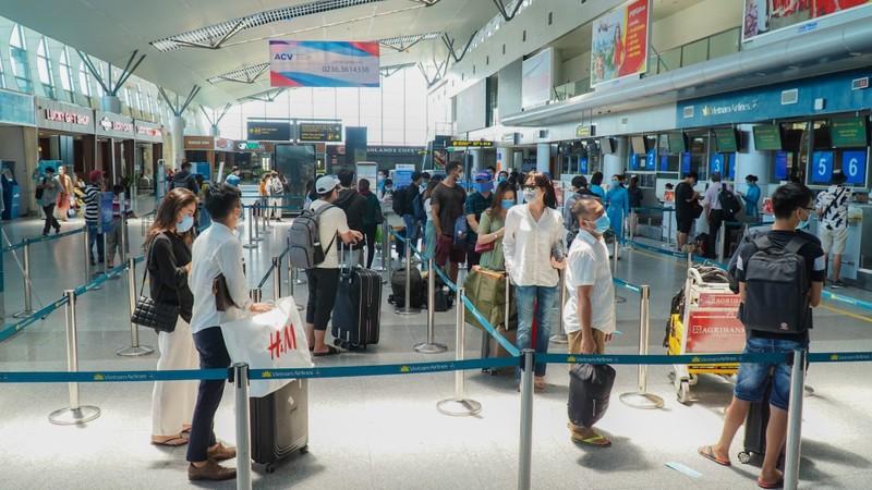 Đà Nẵng đồng ý nối lại các đường bay để đưa người dân về quê - ảnh 1