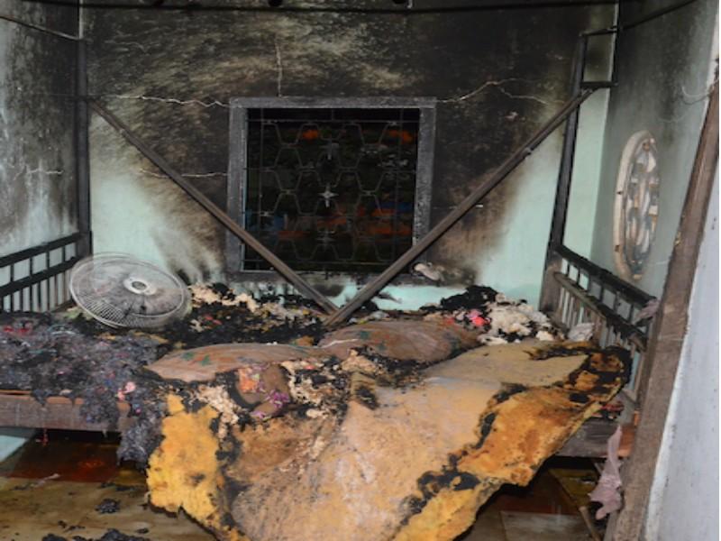 Con rể phóng hỏa đốt cả vợ và nhạc phụ  - ảnh 1