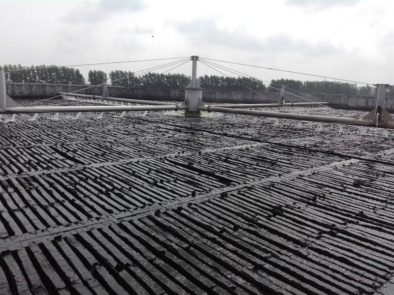 Nhà máy xử lý nước thải xây 15 năm sắp hoạt động - ảnh 1