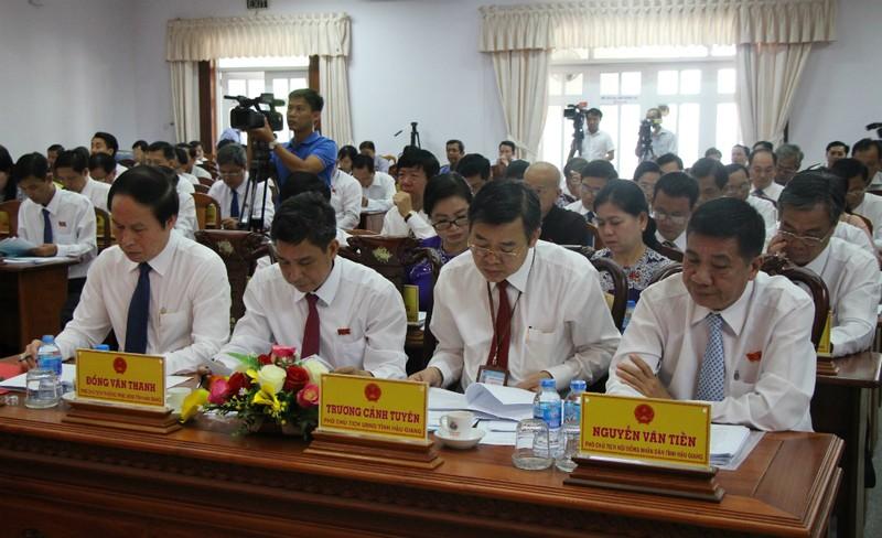 Ông Lê Tiến Châu làm chủ tịch UBND tỉnh Hậu Giang - ảnh 1