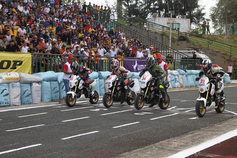 Mãn nhãn giải mô tô cúp quốc gia năm 2018 ở Cần Thơ - ảnh 1
