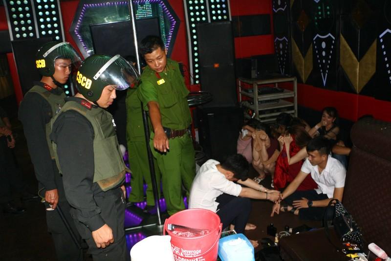 24 học sinh, sinh viên ở Cần Thơ sử dụng ma túy, shisa - ảnh 3