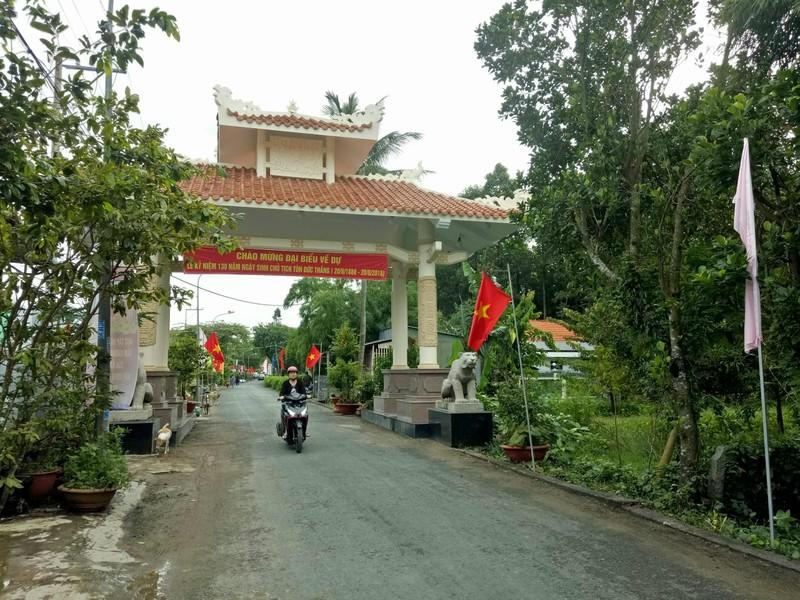 Chủ tịch nước dự lễ kỷ niệm 130 năm ngày sinh Bác Tôn - ảnh 4