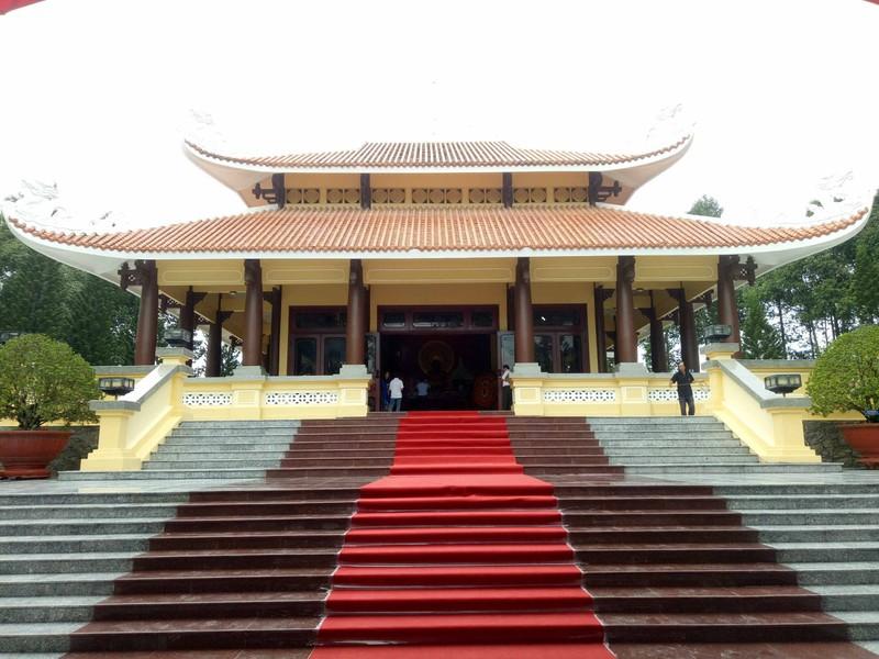 Chủ tịch nước dự lễ kỷ niệm 130 năm ngày sinh Bác Tôn - ảnh 6