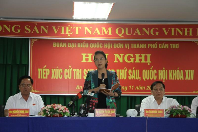 Chủ tịch QH: Xem xét chính sách cho người đóng BHYT liên tục - ảnh 1