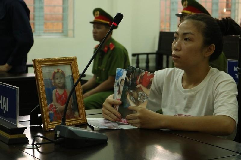 Kẻ đánh chết bé gái 4 tuổi ở Vĩnh Long chỉ bị 10 năm tù - ảnh 1