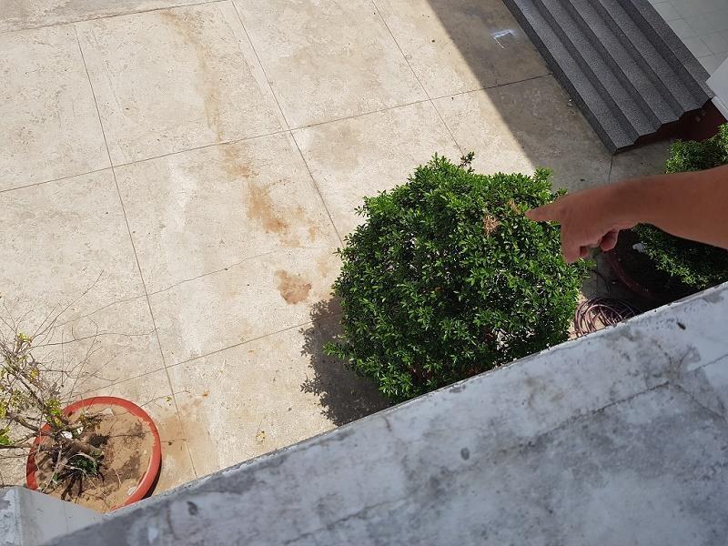 1 nghi phạm nhảy lầu ở trụ sở công an tử vong - ảnh 2