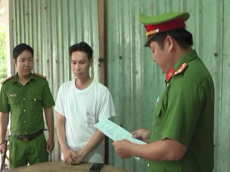 Bị bắt vì đánh con ngất xỉu do 'chậm tiếp thu bài' - ảnh 1