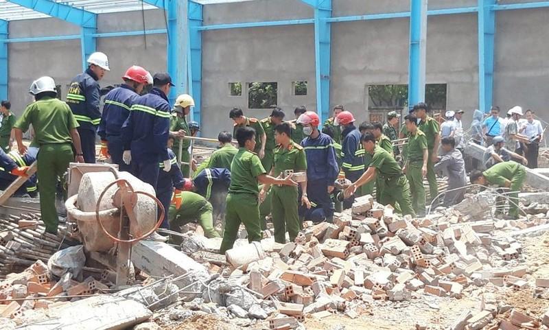 Kết luận giám định vụ sập tường khiến 7 người chết ở Vĩnh Long - ảnh 1