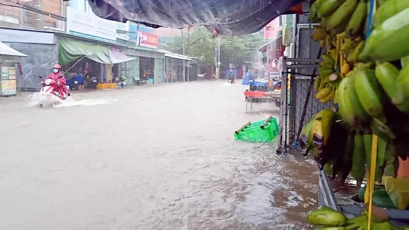 Cận cảnh đảo ngọc Phú Quốc bị nhấn chìm trong nước - ảnh 3