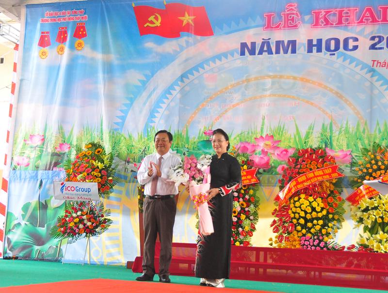Chủ tịch QH Nguyễn Thị Kim Ngân dự khai giảng tại Đồng Tháp - ảnh 2