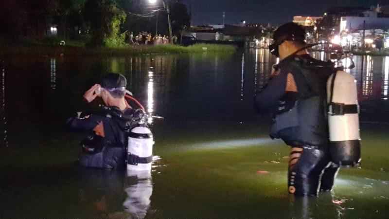 Cần Thơ: Nước ngập đường, 1 phụ nữ rơi xuống hồ mất tích - ảnh 2