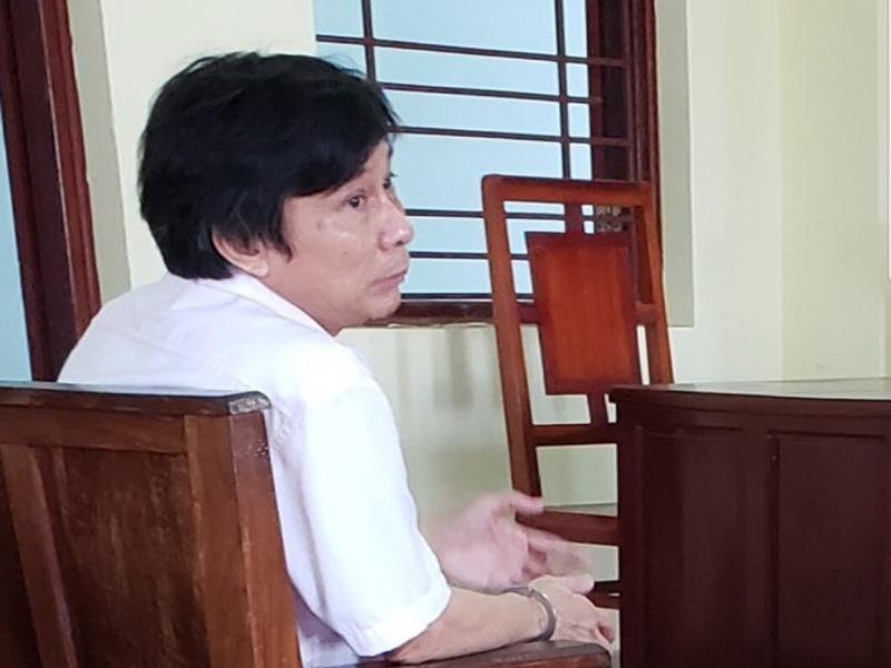 Cựu giảng viên đại học lãnh 12 tháng tù - ảnh 1