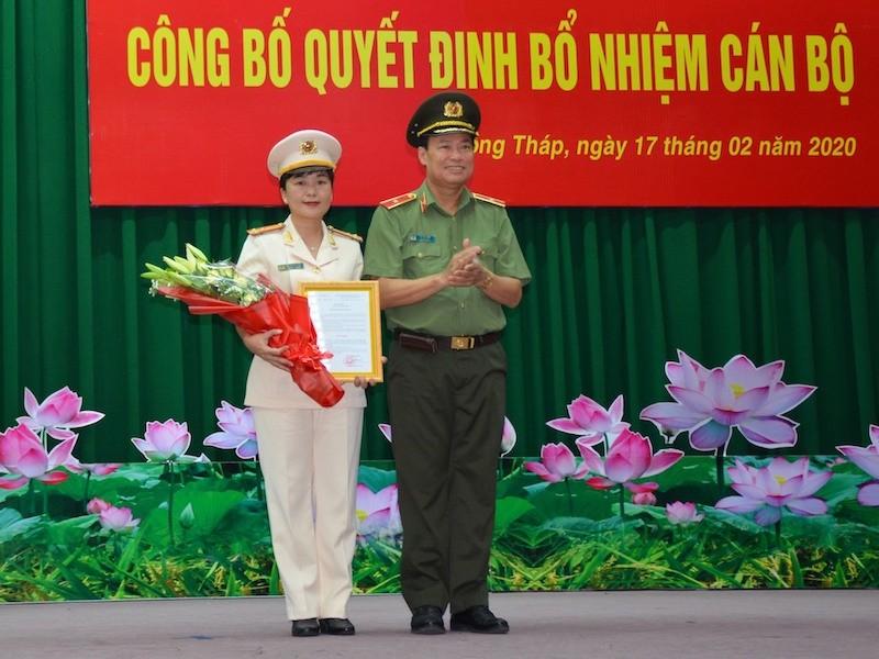 Nữ thượng tá làm phó giám đốc Công an tỉnh Đồng Tháp  - ảnh 1