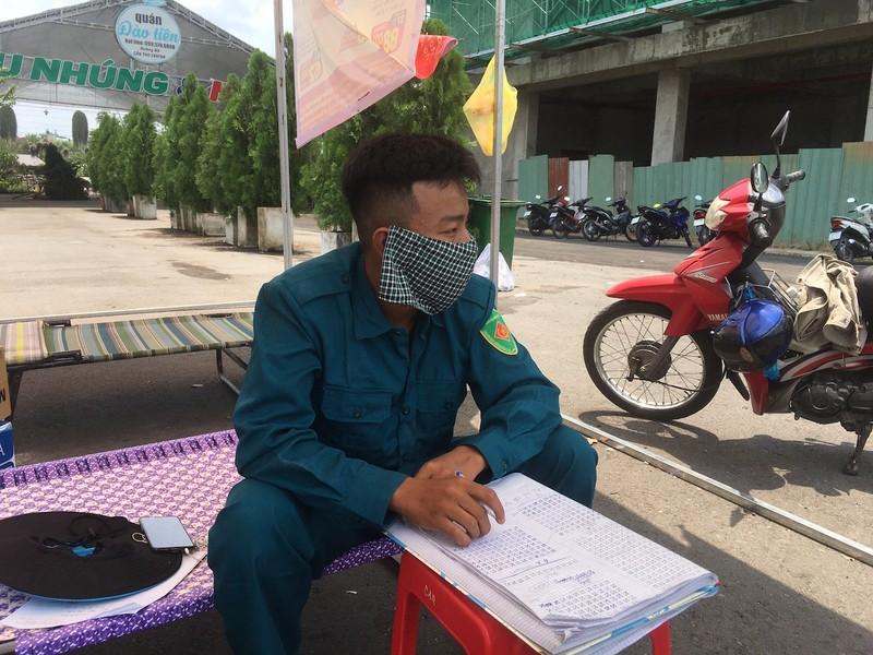 Y tế, Công an Cần Thơ đội nắng dầm sương kiểm tra y tế  - ảnh 6
