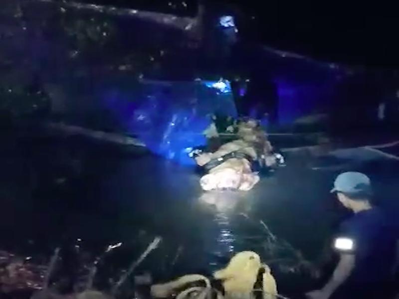 1 phụ nữ té sông tử vong trong đêm mưa - ảnh 1