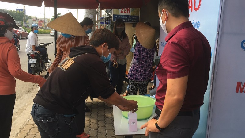 ATM gạo Cần Thơ: Ai có đến cho, ai khó đến lấy - ảnh 2