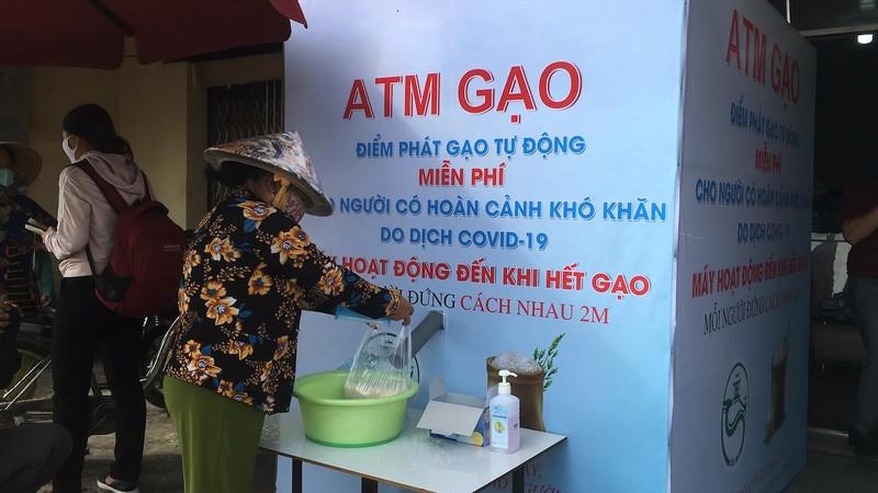 ATM gạo Cần Thơ: Ai có đến cho, ai khó đến lấy - ảnh 3