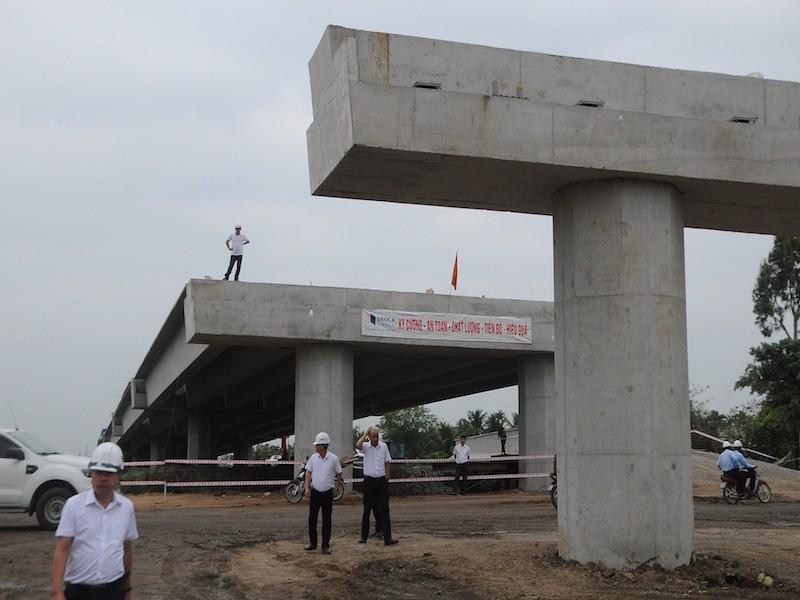 Kiến nghị tạm dừng thi công cao tốc Trung Lương - Mỹ Thuận - ảnh 1