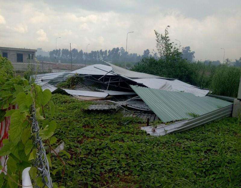 Nhà kho mà Nguyễn Hoàng Trung Kiên đã kép sập 2