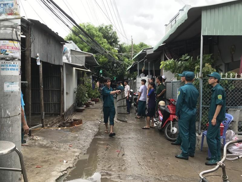 Lại sạt lở ở An Giang, 15 nhà dân phải di dời - ảnh 3