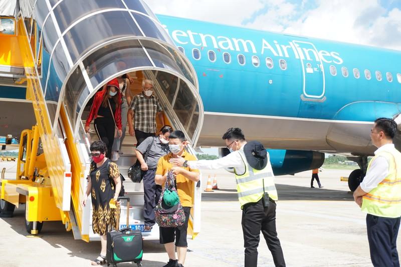Vietnam Airlines chính thức mở 3 đường bay kết nối với Cần Thơ - ảnh 1