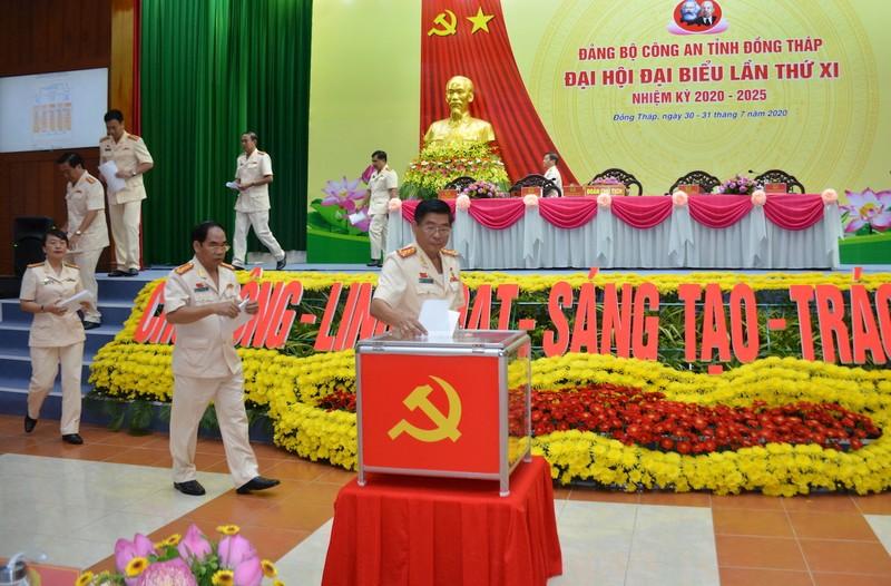 Thượng tướng Nguyễn Văn Thành dự Đại hội Công an Đồng Tháp - ảnh 2