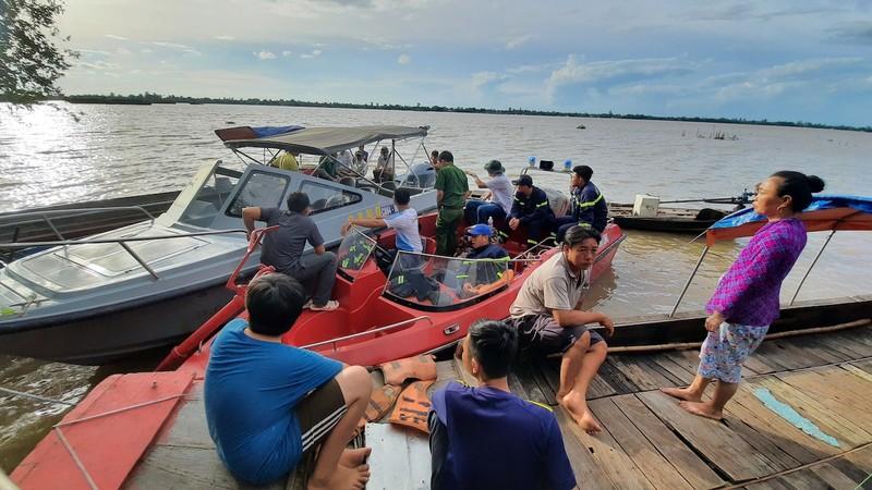 Ra sông Tiền câu cá, thiếu niên đuối nước mất tích - ảnh 1