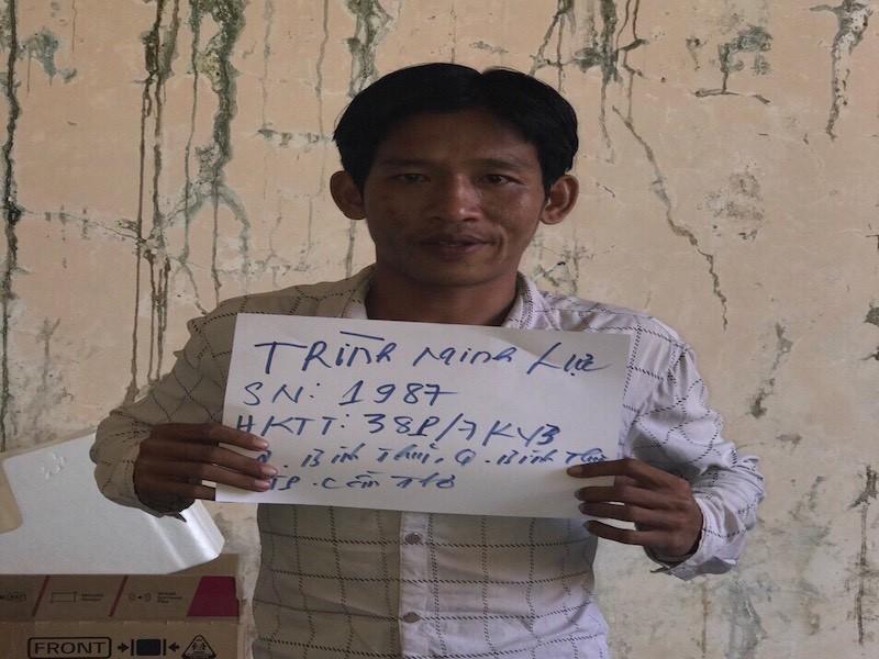 Nữ tài xế taxi bị kẻ cướp siết cổ lấy tài sản  - ảnh 1