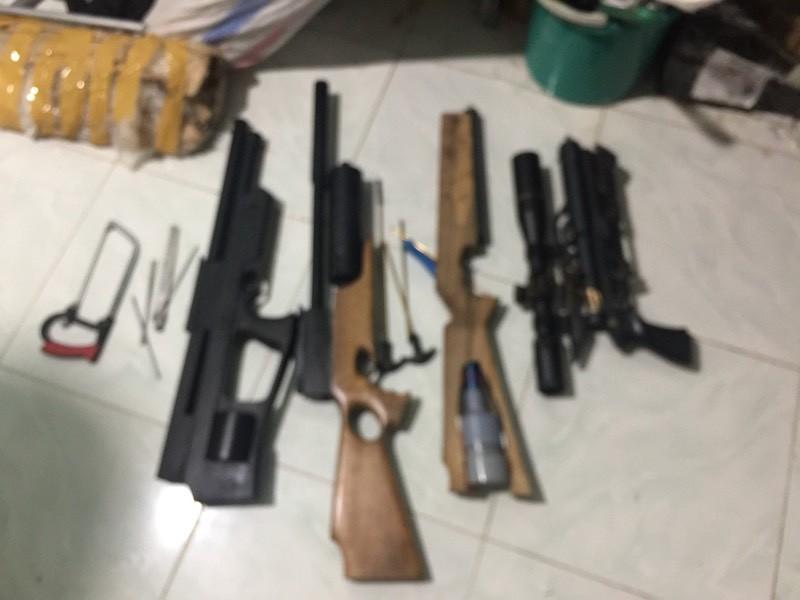 Vĩnh Long: Phá cơ sở sản xuất vũ khí trái phép - ảnh 1