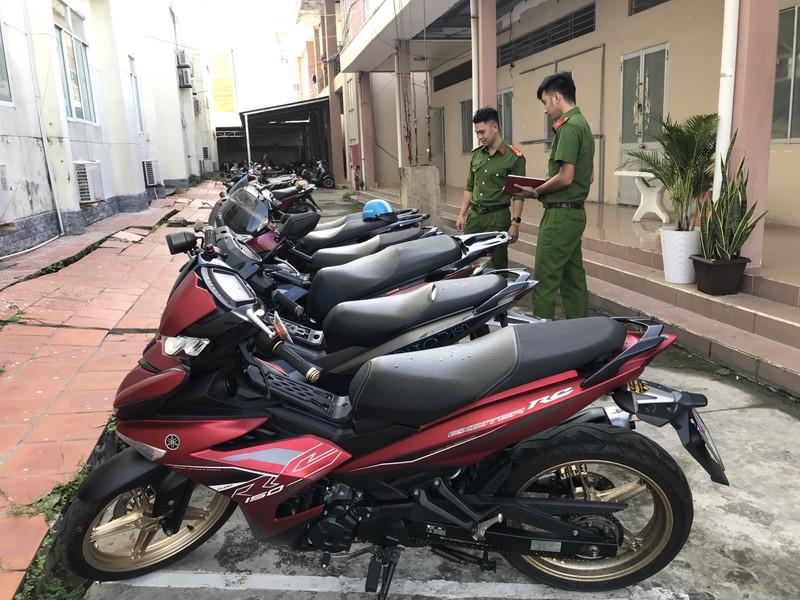 Nhóm trộm dùng thiết bị phá sóng định vị khi trộm xe SH - ảnh 2
