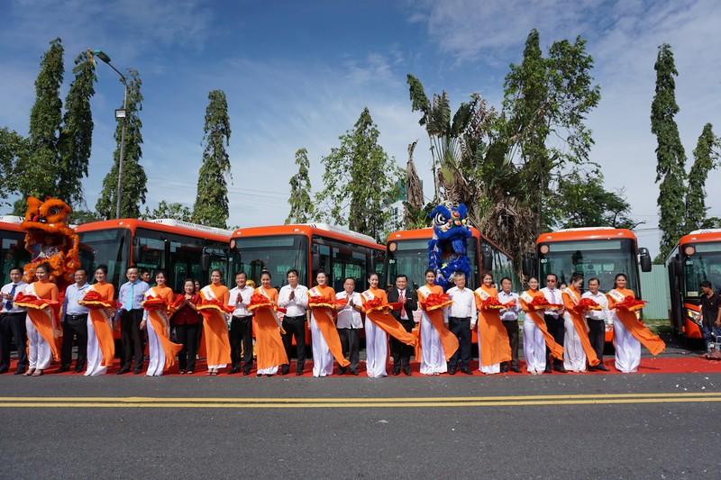 Cần Thơ: Khai trương 5 tuyến xe buýt chất lượng cao - ảnh 1
