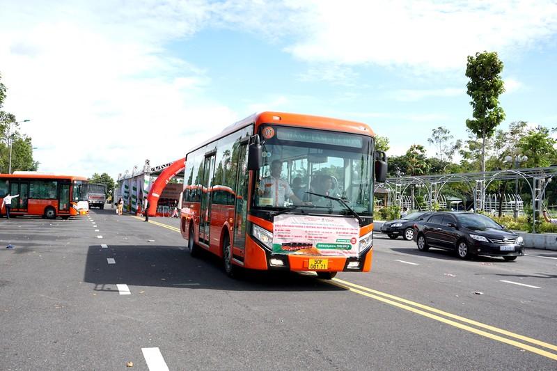 Cần Thơ: Khai trương 5 tuyến xe buýt chất lượng cao - ảnh 7