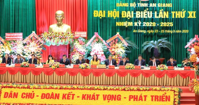 Khai mạc Đại hội đại biểu Đảng bộ tỉnh An Giang lần thứ XI - ảnh 2