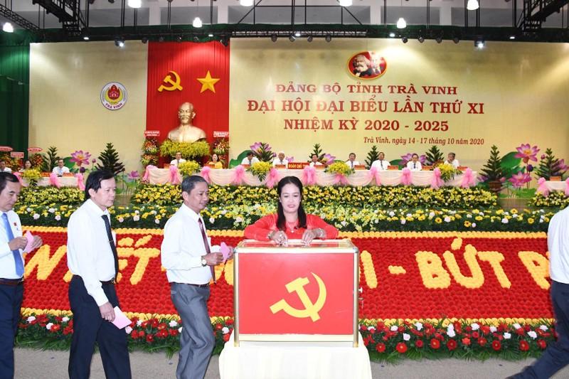 Bí thư huyện Càng Long không có trong Ban chấp hành khóa mới - ảnh 1