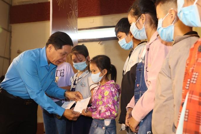 150 suất học bổng tiếp sức cho học sinh ở Tiền Giang - ảnh 1