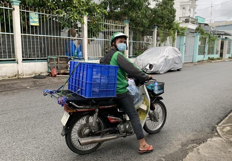 Vĩnh Long: Shipper chỉ được vận chuyển hàng hóa thiết yếu - ảnh 1