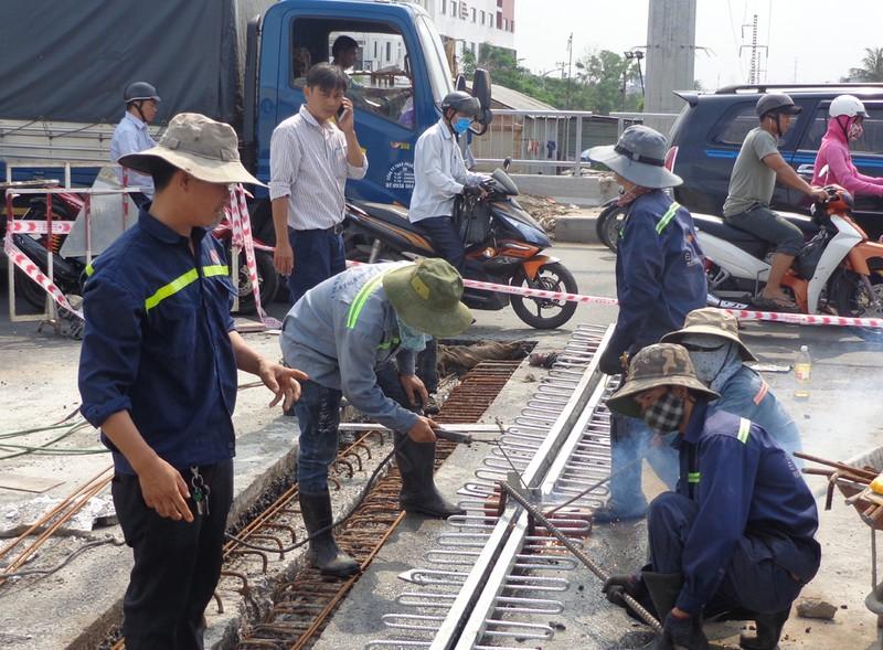 Ngày 29-4, hoàn thành thông xe cầu Hang Trong, Gò Vấp - ảnh 2
