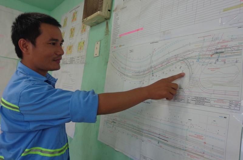 30-6, thông xe hai nhánh rẽ lên xuống cầu Nguyễn Văn Cừ - ảnh 4