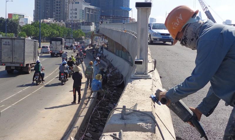 Tốc độ lên xuống nhánh rẽ cầu Nguyễn Văn Cừ 30 km/giờ - ảnh 3