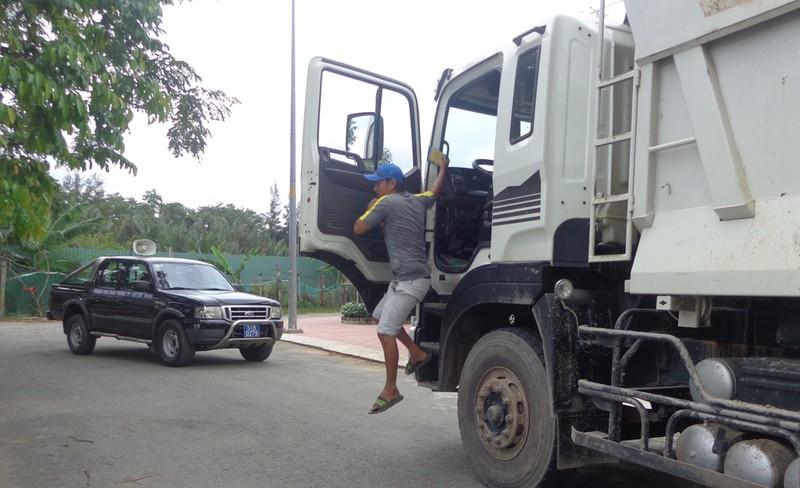 'Truy kích' xe quá tải, xe cơi nới - ảnh 6