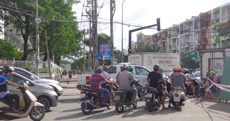 TP.HCM: Thêm cầu đường, giảm kẹt xe cuối năm - ảnh 6