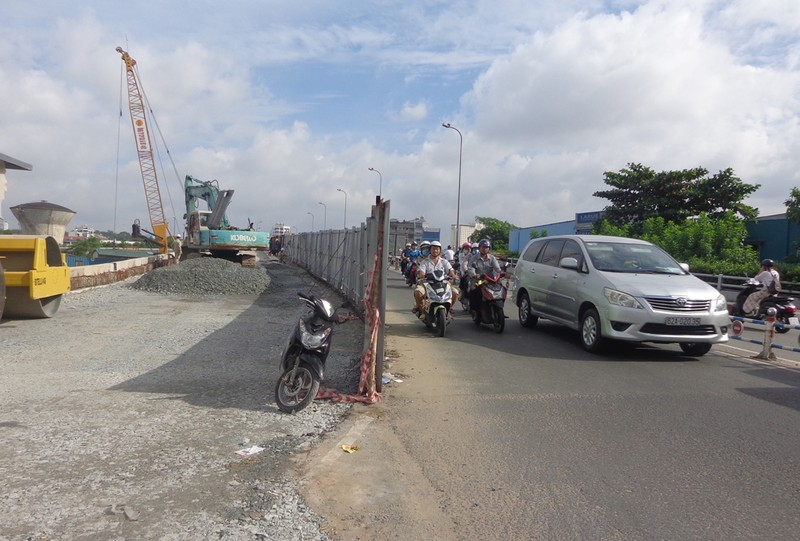 TP.HCM: Thêm cầu đường, giảm kẹt xe cuối năm - ảnh 5