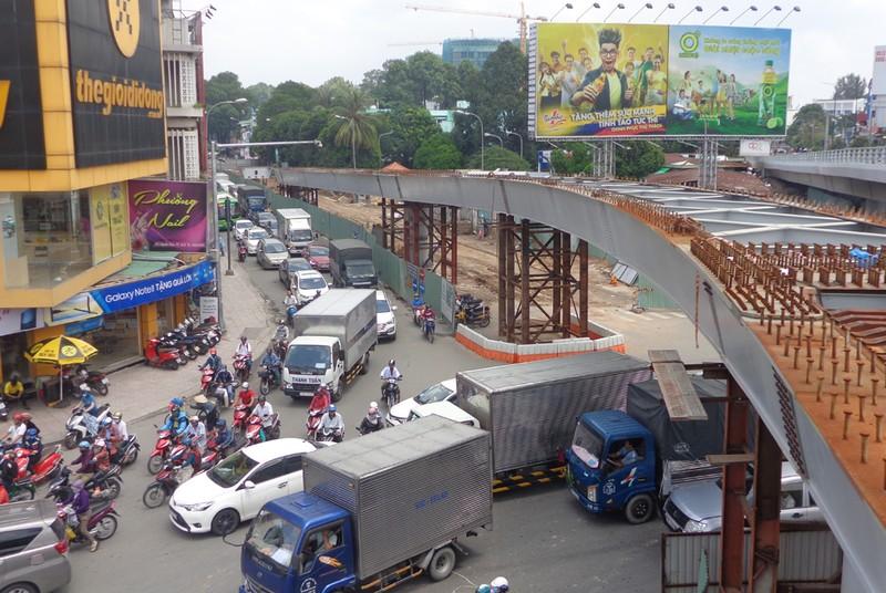 Làm tuyến monorail để 'cứu' sân bay Tân Sơn Nhất - ảnh 3