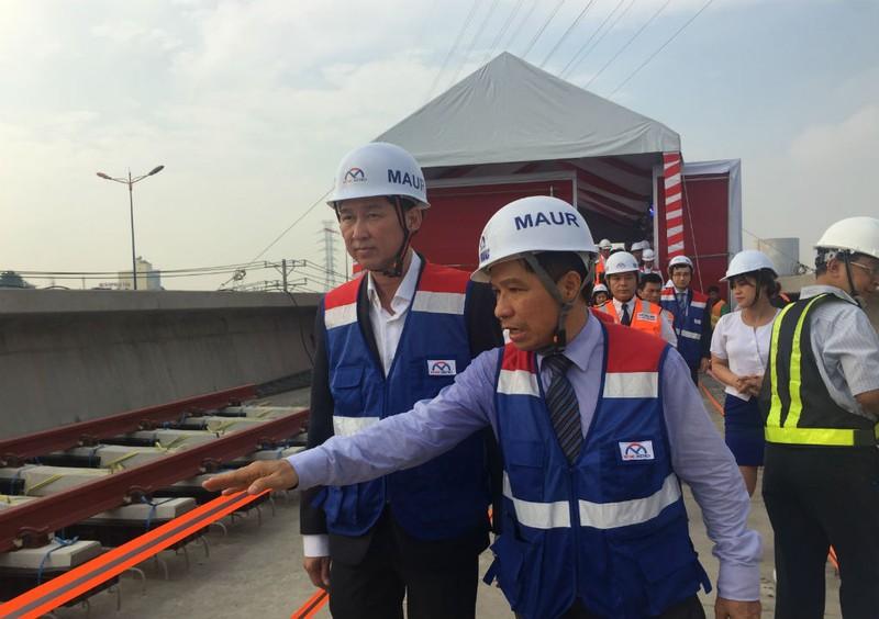 Bắt đầu lắp ray tuyến metro số 1 Bến Thành-Suối Tiên - ảnh 4