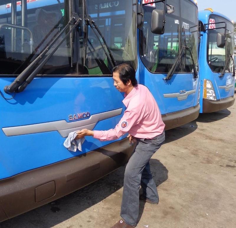 Xe buýt bỏ chuyến, coi thường khách sẽ bị xử lý nghiêm - ảnh 5