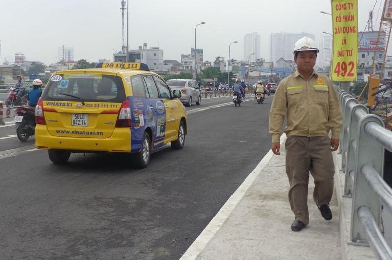 Thông xe nhánh mở rộng cầu Nguyễn Tri Phương - ảnh 2