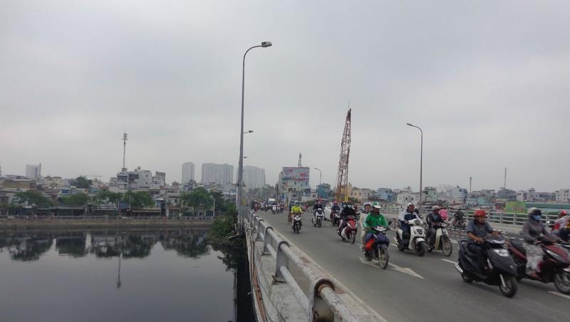 Thông xe nhánh mở rộng cầu Nguyễn Tri Phương - ảnh 6